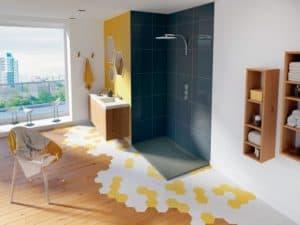 Eine Saugpumpe wurde speziell für die Abwasserentsorgung bodengleicher Duschen entwickelt und benötigt kein Gefälle. (Foto: HLC/SFA Sanibroy)