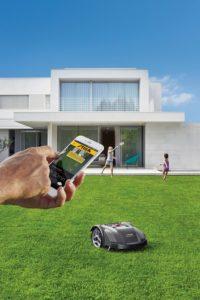 Rasenroboter mit GPS-Funktion