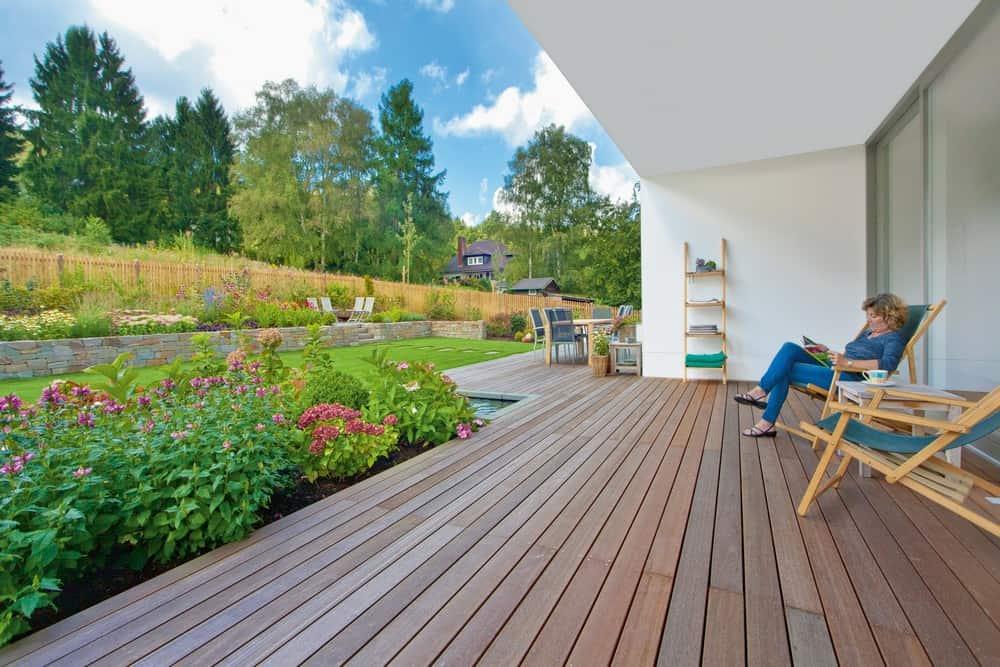 Holzpflege für die Gartensaison