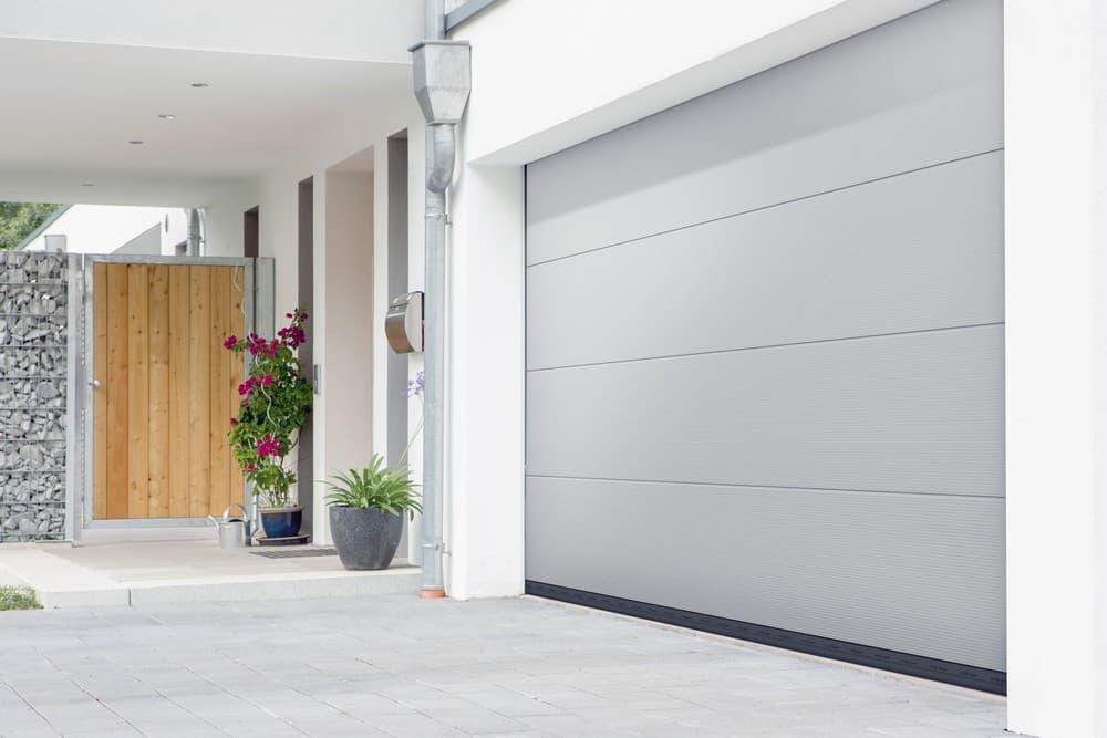 komfortable garagentorantriebe erg nzen das smarte zuhause. Black Bedroom Furniture Sets. Home Design Ideas