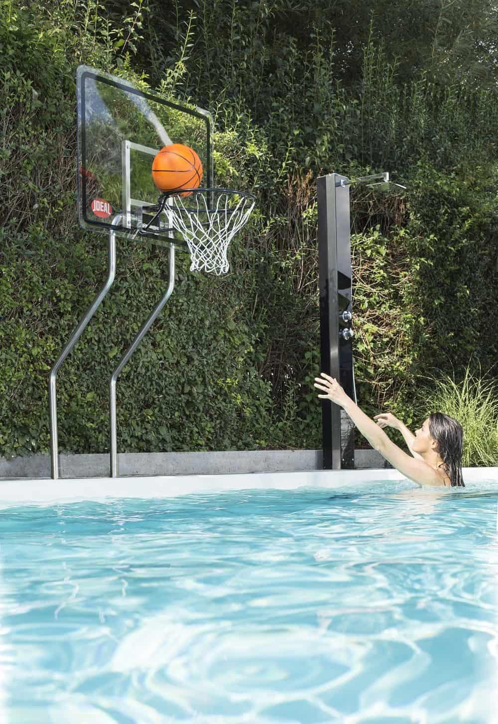 profi basketballkorb sorgt f r mehr spa im eigenen swimmingpool baufux netzwerk. Black Bedroom Furniture Sets. Home Design Ideas